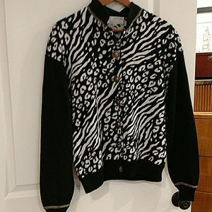 St.John Collection size Large, fits XL too